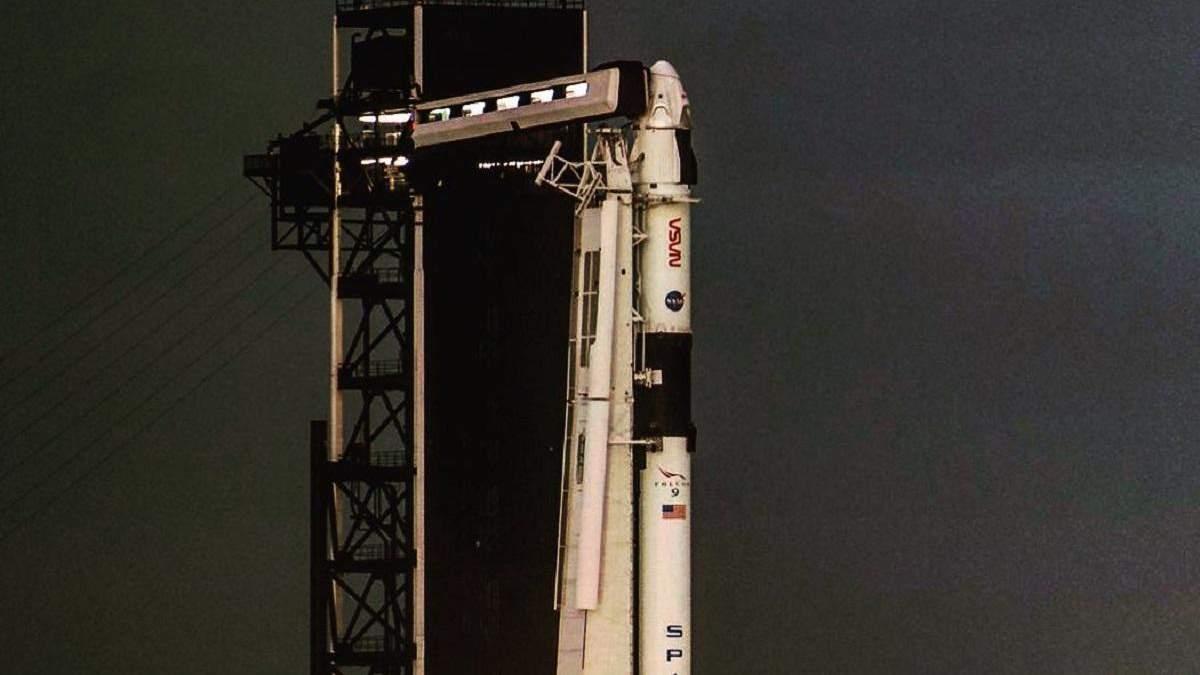 SpaceX получила от NASA лицензию на пилотируемые полеты