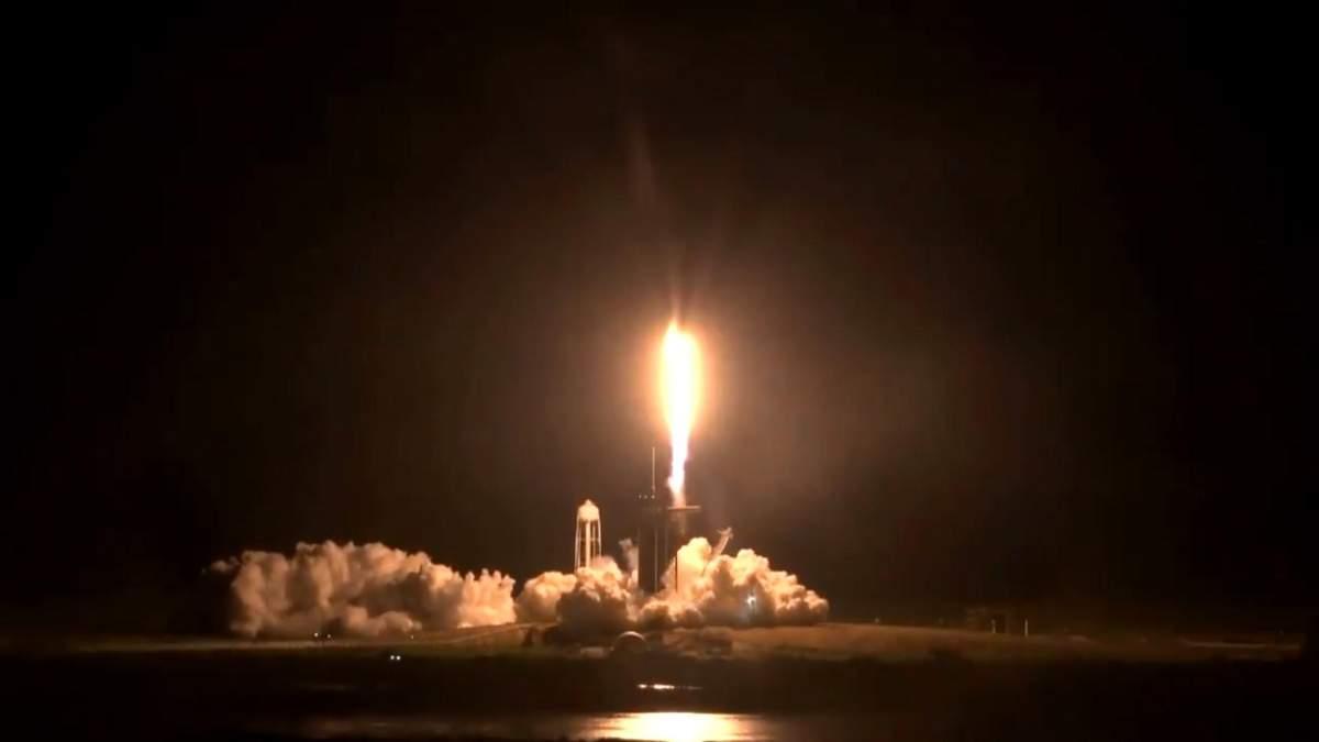 Запуск SpaceX Crew Dragon: онлайн трансляція місії Crew-1