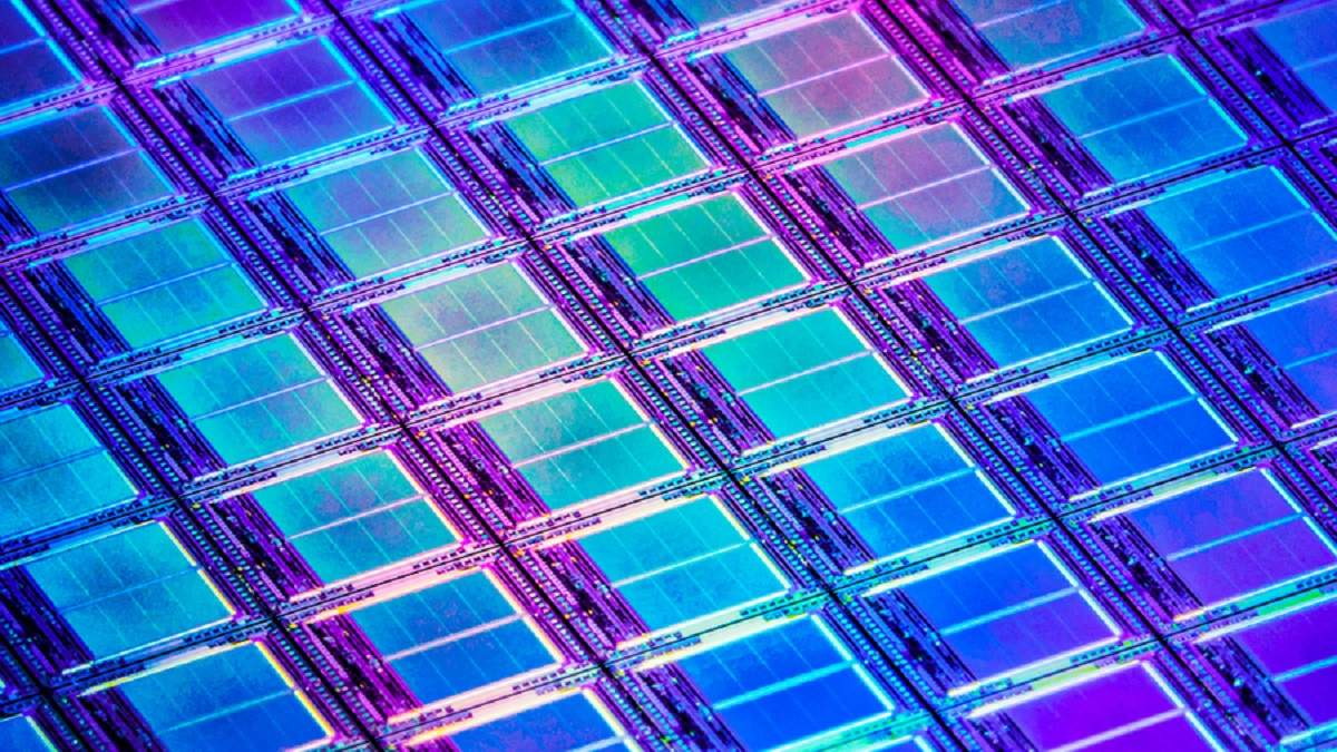 Размер транзисторов может быть еще меньше: ученые нашли замену кремнию