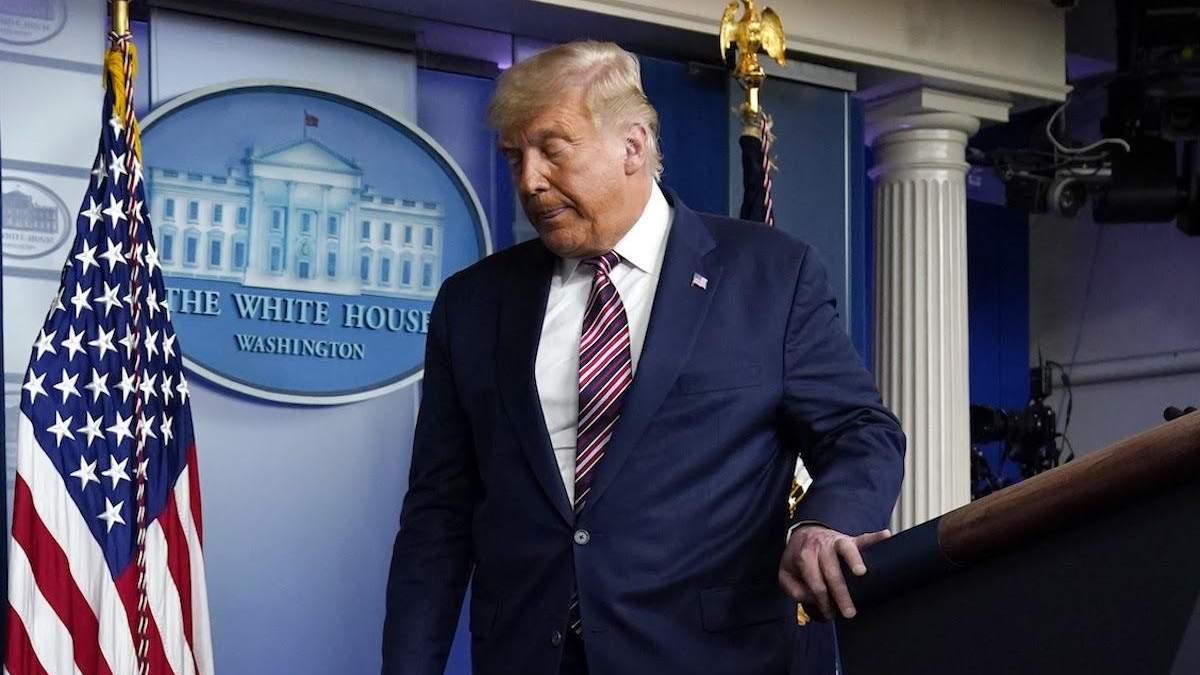 Facebook та Twitter заблокували сторінки Дональда Трампа