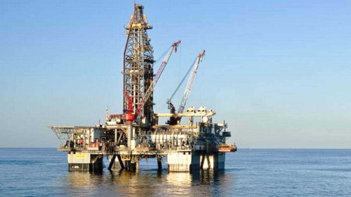 SpaceX купила две морские нефтедобывающие платформы: для чего они ей