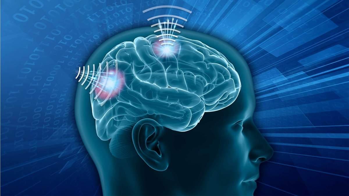 Инженеры показали мозговой имплант, который позволяет управлять мозгом через смартфон