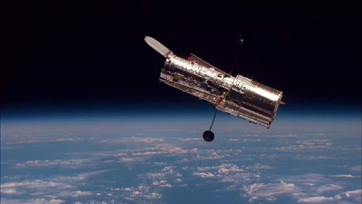 Космічний телескоп Hubble перейшов у безпечний режим роботи через помилку: у чому справа