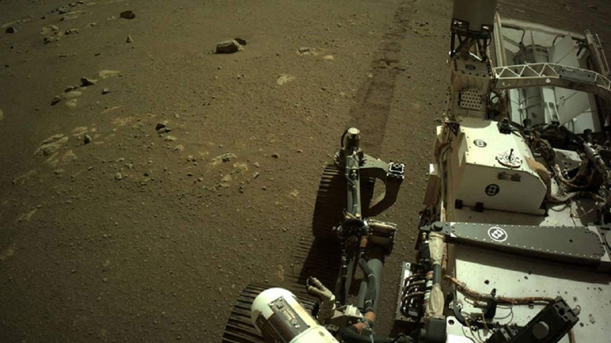NASA опубликовало звуки передвижения ровера Perseverance поверхностью Марса