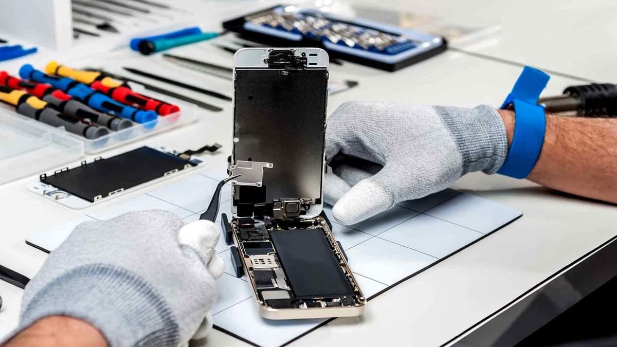 Владельцы устройств Apple смогут ремонтировать технику в Украине