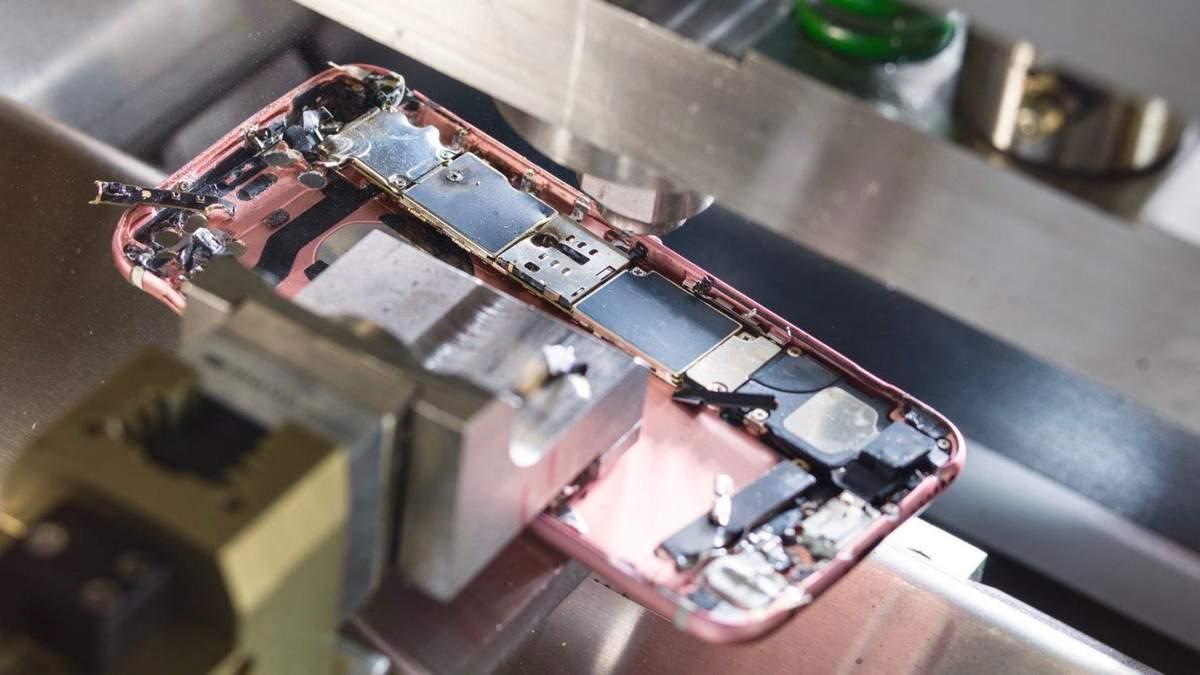 Не така екологічна: Apple забороняє переробним компаніям ремонтувати власну техніку