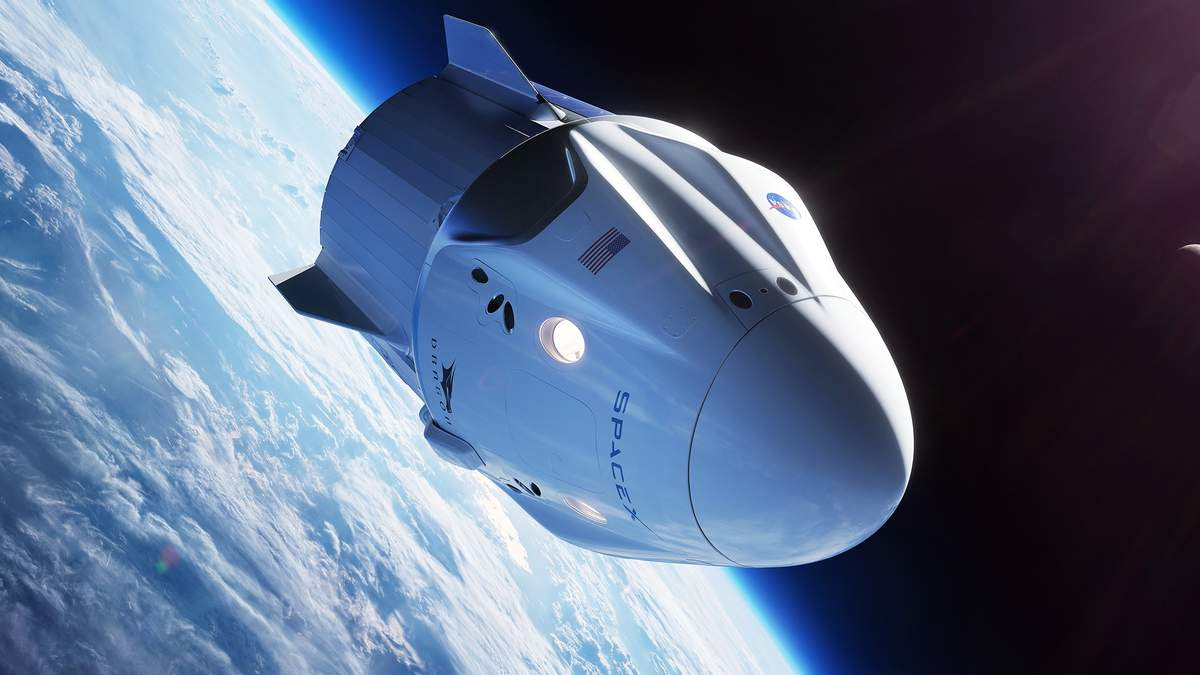 Астронавти провели в космосі 167 днів: корабель Crew Dragon повернувся на Землю – відео