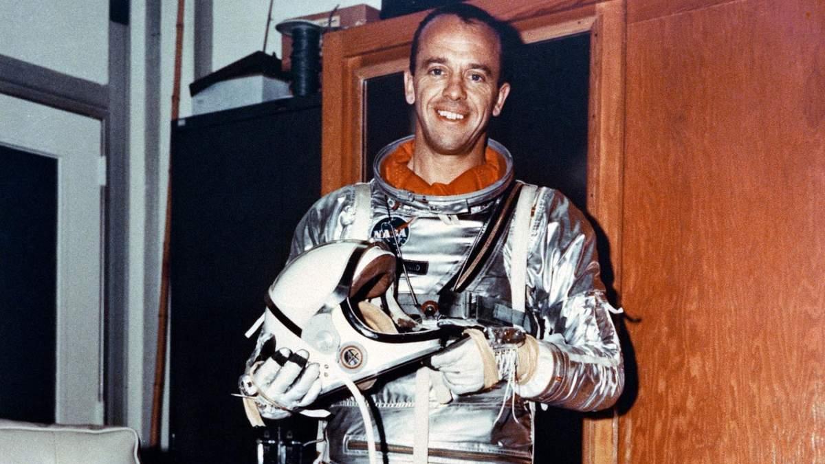 Перший політ американця в космос – Алан Шепард