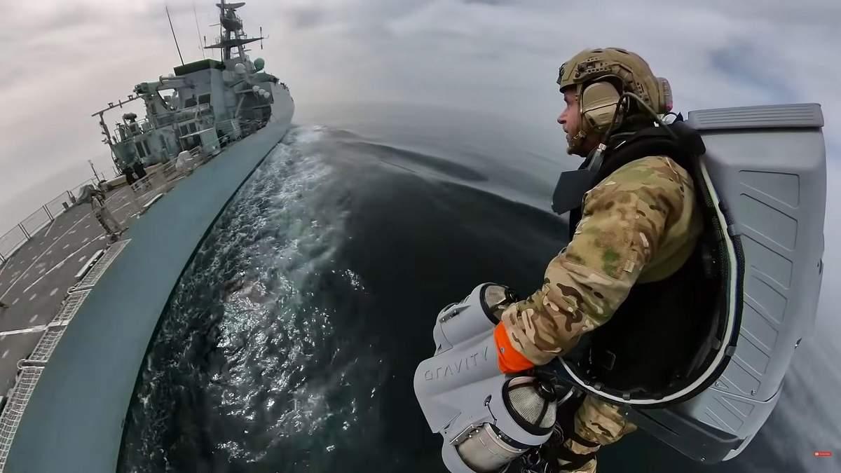 Тестирование морской пехотой реактивного ранца: смотрите видео