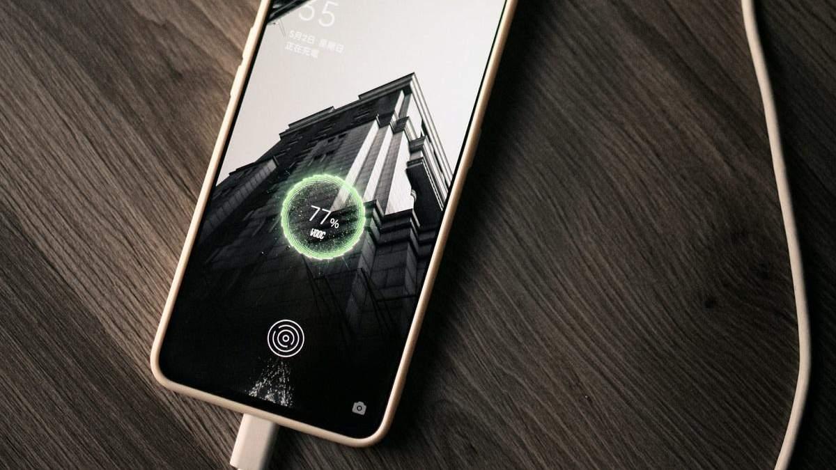 Смартфоны долго держат заряд 2021