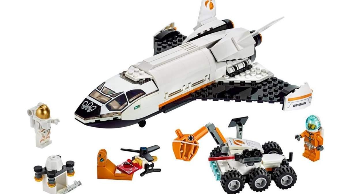 Підбірка космічних конструкторів Lego