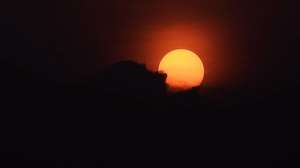 На Солнце произошло 17 вспышек за два дня