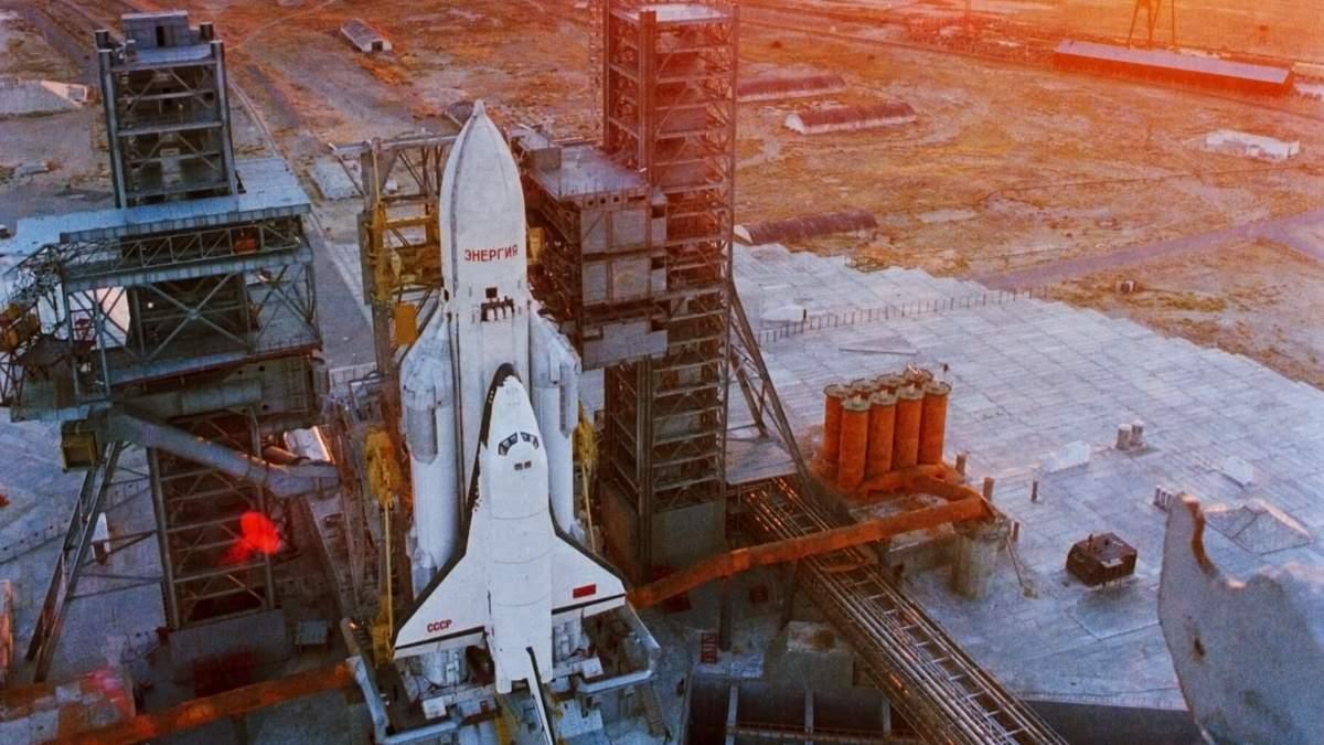 Вандали розмалювали радянський космічний корабель