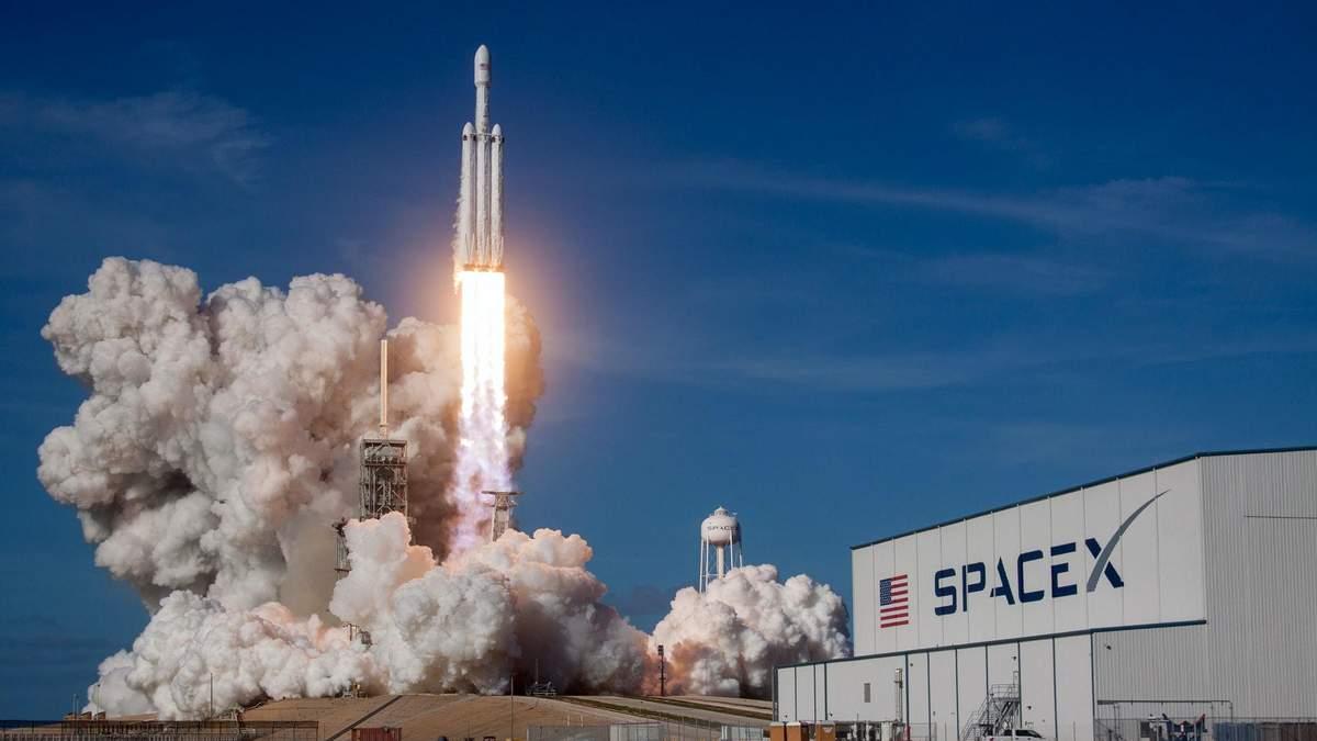 Глава європейської компанії Arianespace виступив проти Маска