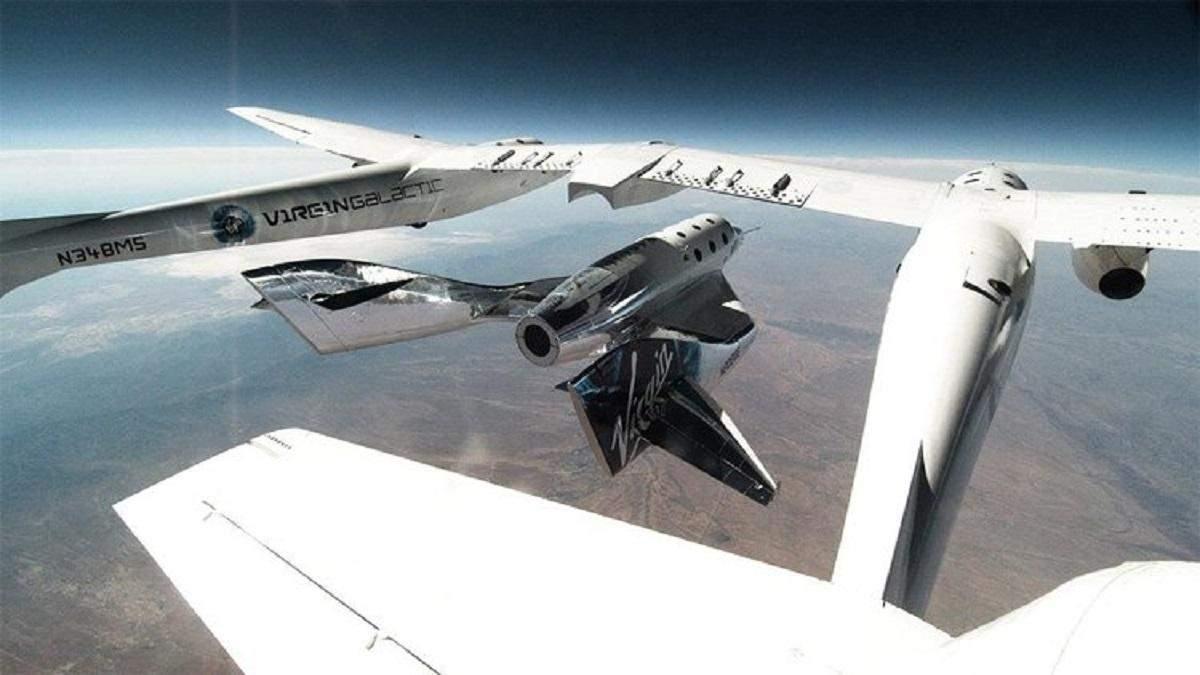Ричард Брэнсон успешно осуществил исторический космический полет