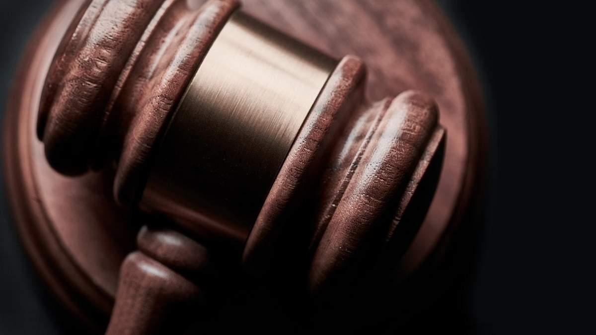 Суд змусив користувача вибачитися за негативні коментарі про смартфон