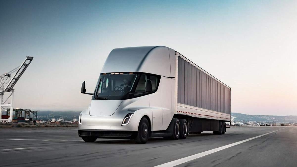 Tesla Semi нарешті відправлять у серійне виробництво