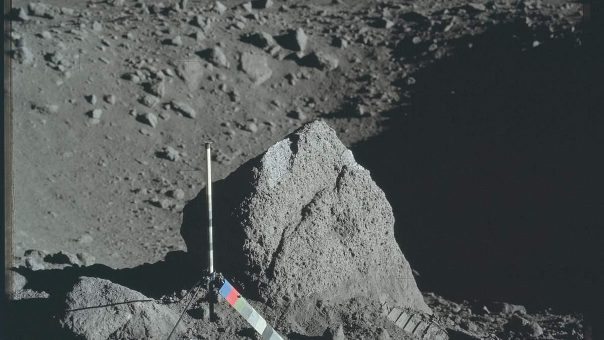 Вода на Місяці: звідки на Місяці береться вода