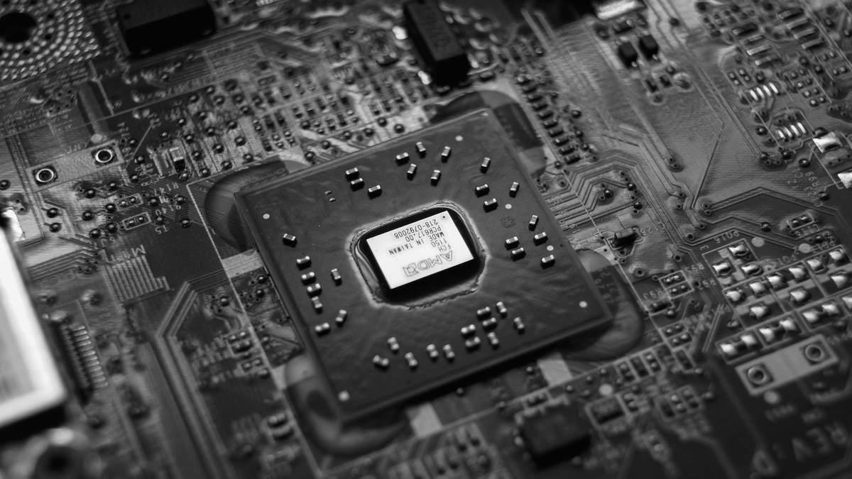 Процесор Snapdragon 898 обіцяє на 20 відсотків кращу продуктивність