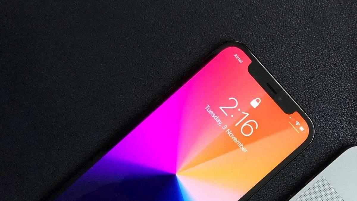 Apple заявила об уменьшении выреза в экране iPhone 13, но пользователи с этим не согласны