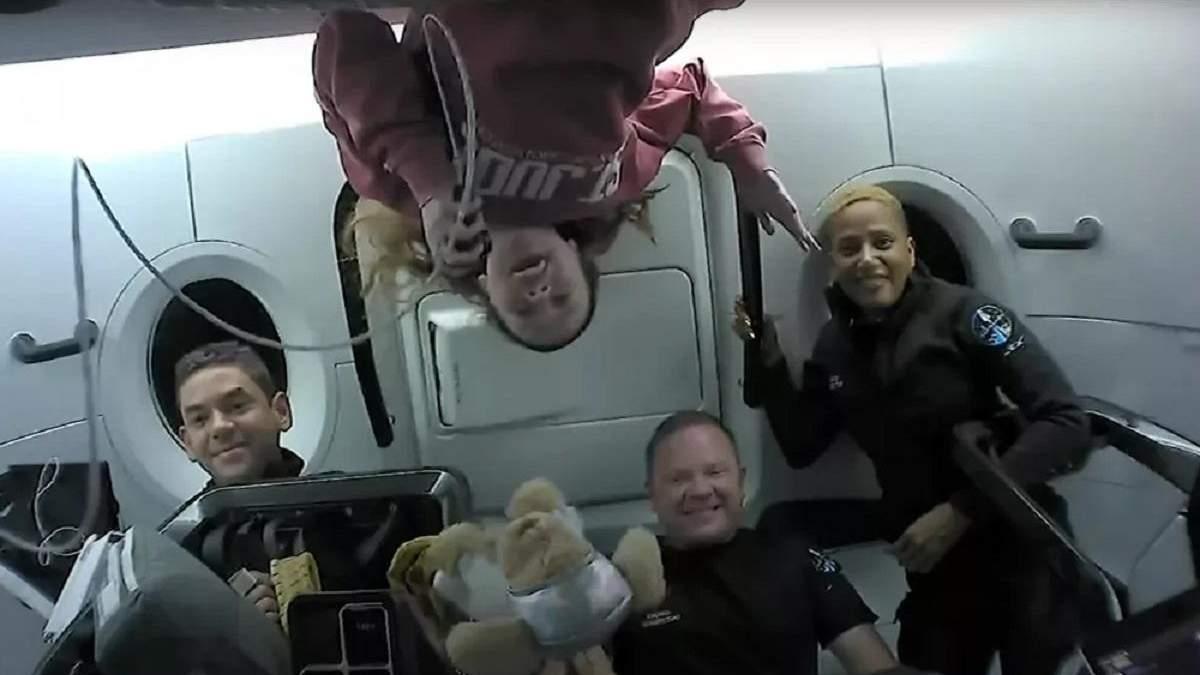 Екіпаж Crew Dragon мав деякі труднощі з туалетом під час місії Inspiration4 - Новини технологій - Техно