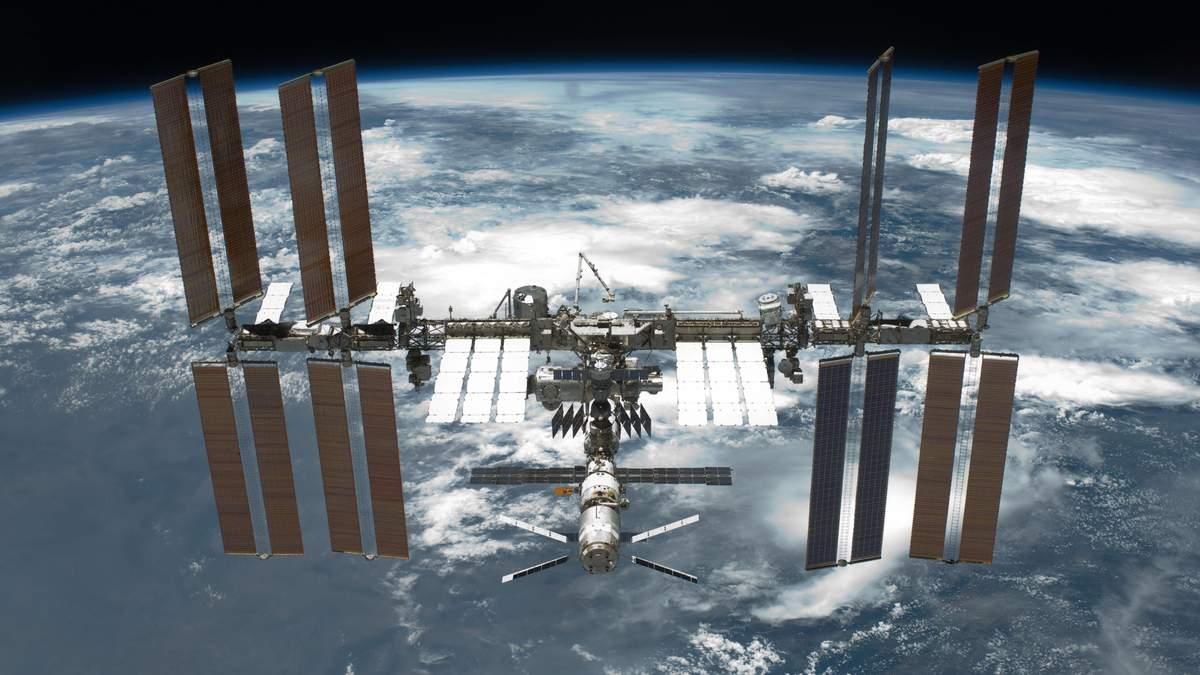 З борту МКС сфотографували рідкісне атмосферне явище, яке на Землі навряд чи помітили - Новини технологій - Техно