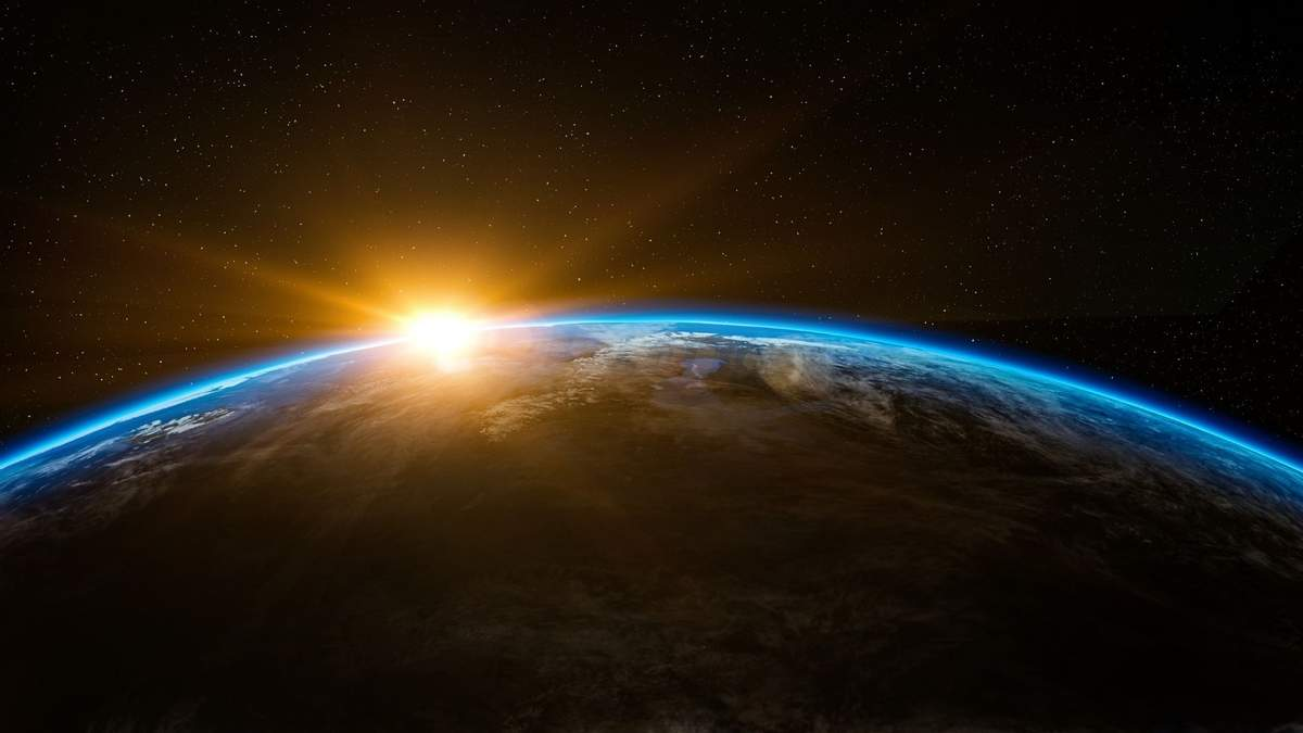 Космічна компанія Стіва Возняка складе детальну карту сміття на орбіті Землі - Новини технологій - Техно