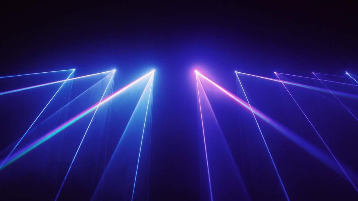 Американська компанія створила бойовий лазер, який планують встановити на літак - Новини технологій - Техно