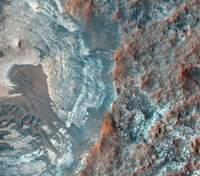 На Марсе обнаружили следы множества ледниковых периодов