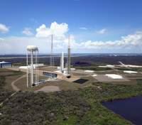 Blue Origin показала заводы и объекты где разрабатывают многократную ракету New Glenn: видео