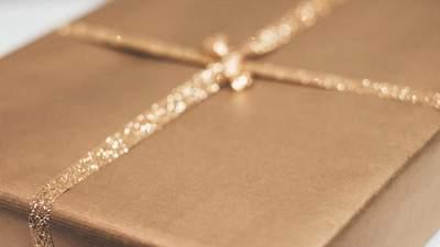8 березня в Україні: які подарунки замовляють в інтернеті