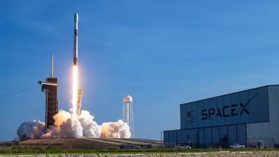 SpaceX та Україна: скільки Держкосмос заплатить за вивід супутника на орбіту
