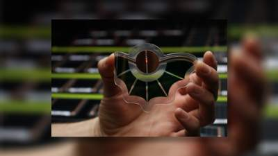 Стартап Dracula Technologies создает компактные батареи на принтере: они заряжаются от света