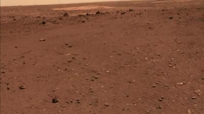 """Новые фото с поверхности Марса: Китай опубликовал снимки миссии """"Тяньвень-1"""""""