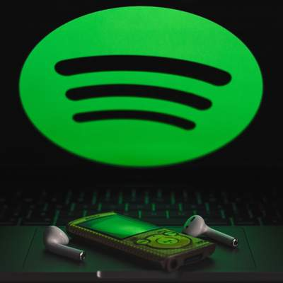 Spotify наконец сделал интерфейс на украинском