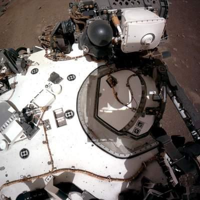 Марсохід Perseverance здійснив першу поїздку на Марсі