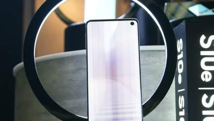"""На Samsung подали в суд за рекламу, которая """"обманывает"""""""