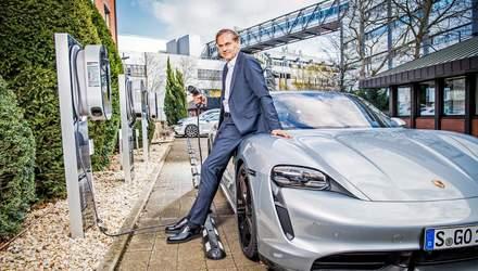 80% авто, которые выпускает Porsche, будут электрическими: когда это произойдет