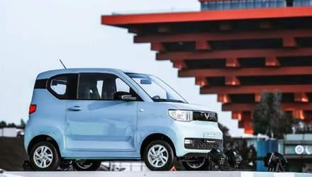 Электромобиль Hong Guang Mini EV обошел Tesla Model 3 по продажам в Китае