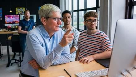 Apple разрабатывает внешнюю батарею на магнитах для iPhone