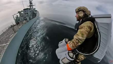 Королівська морська піхота випробувала реактивний костюм: відео