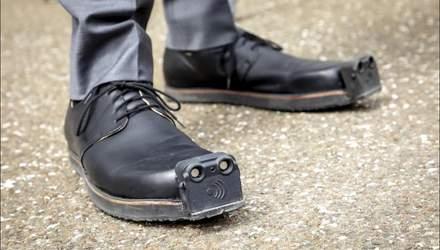 Взуття для незрячих обладнають камерами