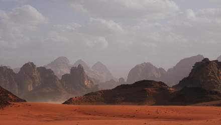 Троє вчених розгледіли на Марсі гриби: наукова спільнота сумнівається, але докази є – фото