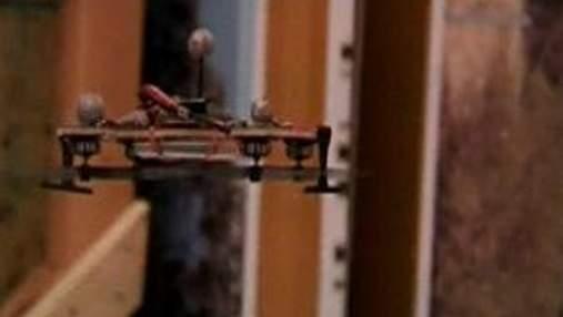 Летающим роботом можно управлять с помощью мыслей