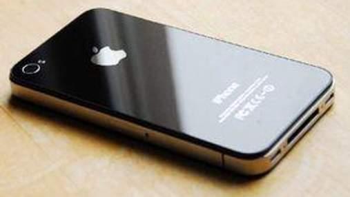 Samsung подала позов на заборону продажів iPhone 4S