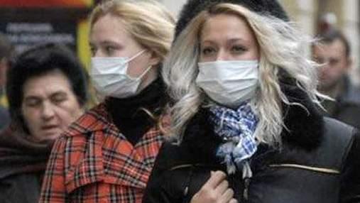 Азаров запевнив, що заздалегідь подумав про епідемію грипу в Україні