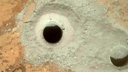 Американский марсоход пробурил поверхность Красной планеты