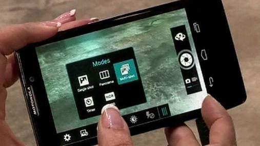 Motorola та Sony представили свої флагманські смартфони (Відео)