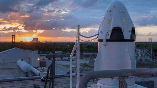 SpaceX переніс перший пілотований польот до МКС