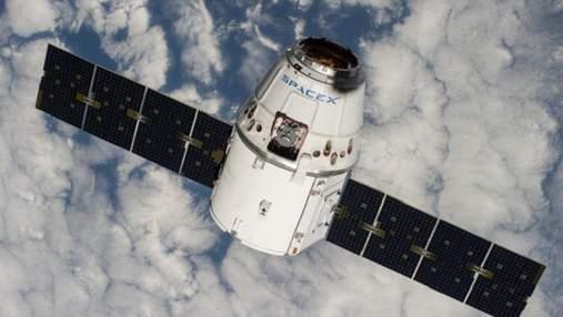"Инновационный ""грузовик"" SpaceX постигла неудача"